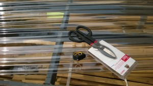 tuftex plastic polycarbonate roofing cutting with snips at lowe's