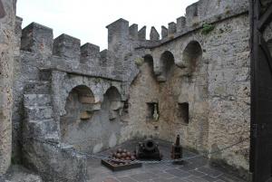 inner courtyard of castle lichtenstein - i love the little staircase