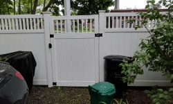 after cleaning, our white yard fence is so shiny and white again!